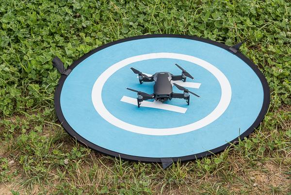 Drohne auf dem Landing Pad.